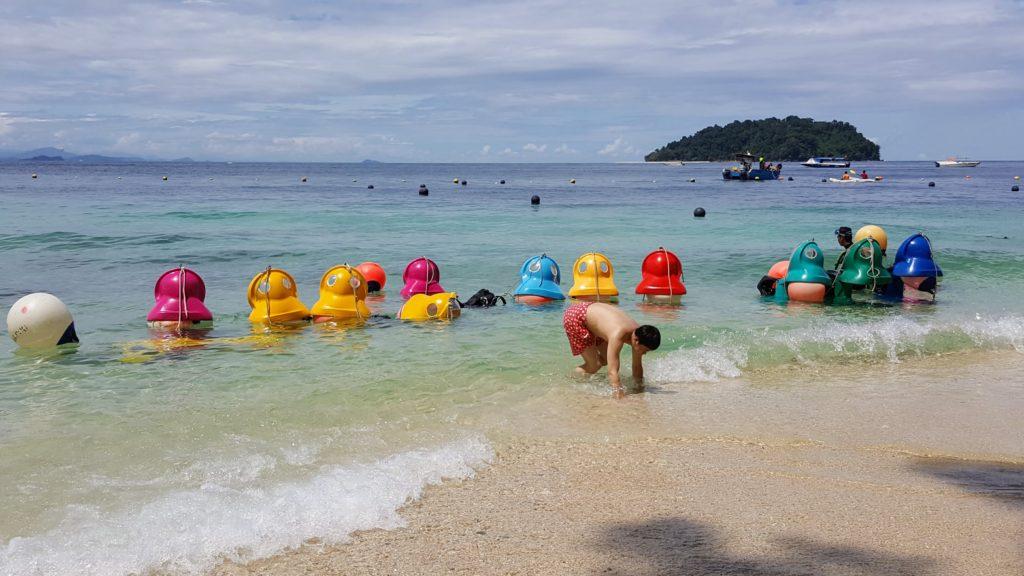 Zvláštní výbava pro potápění, oblíbena u čínských turistů
